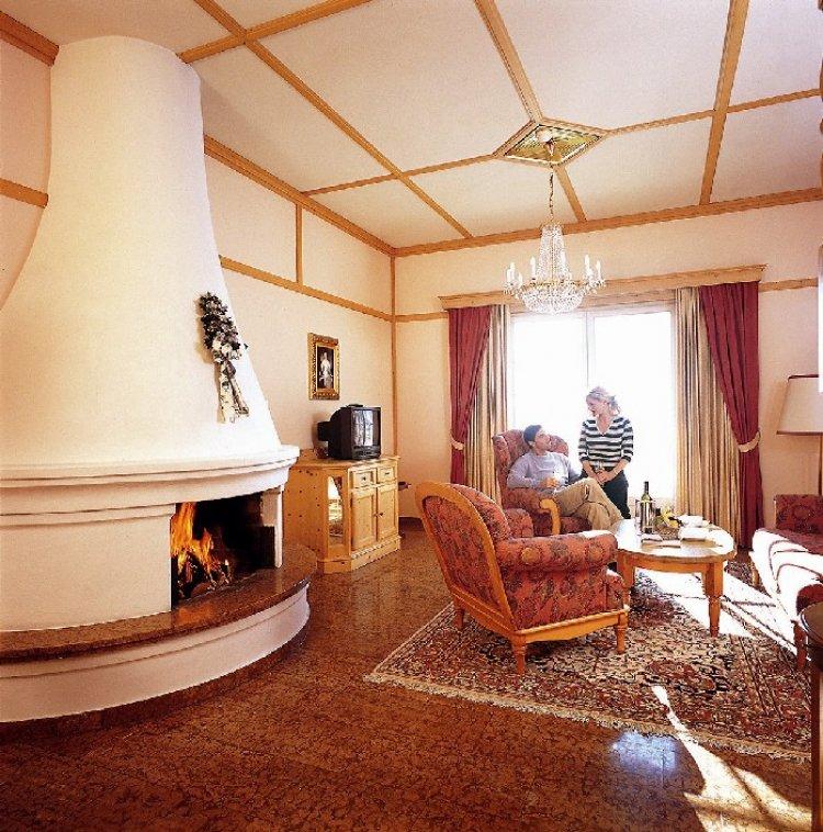 Haus Am See Zell Am See Austria Bookingcom: Hotel Grand Zell Am See, Zell Am See, Salzburg, Austria